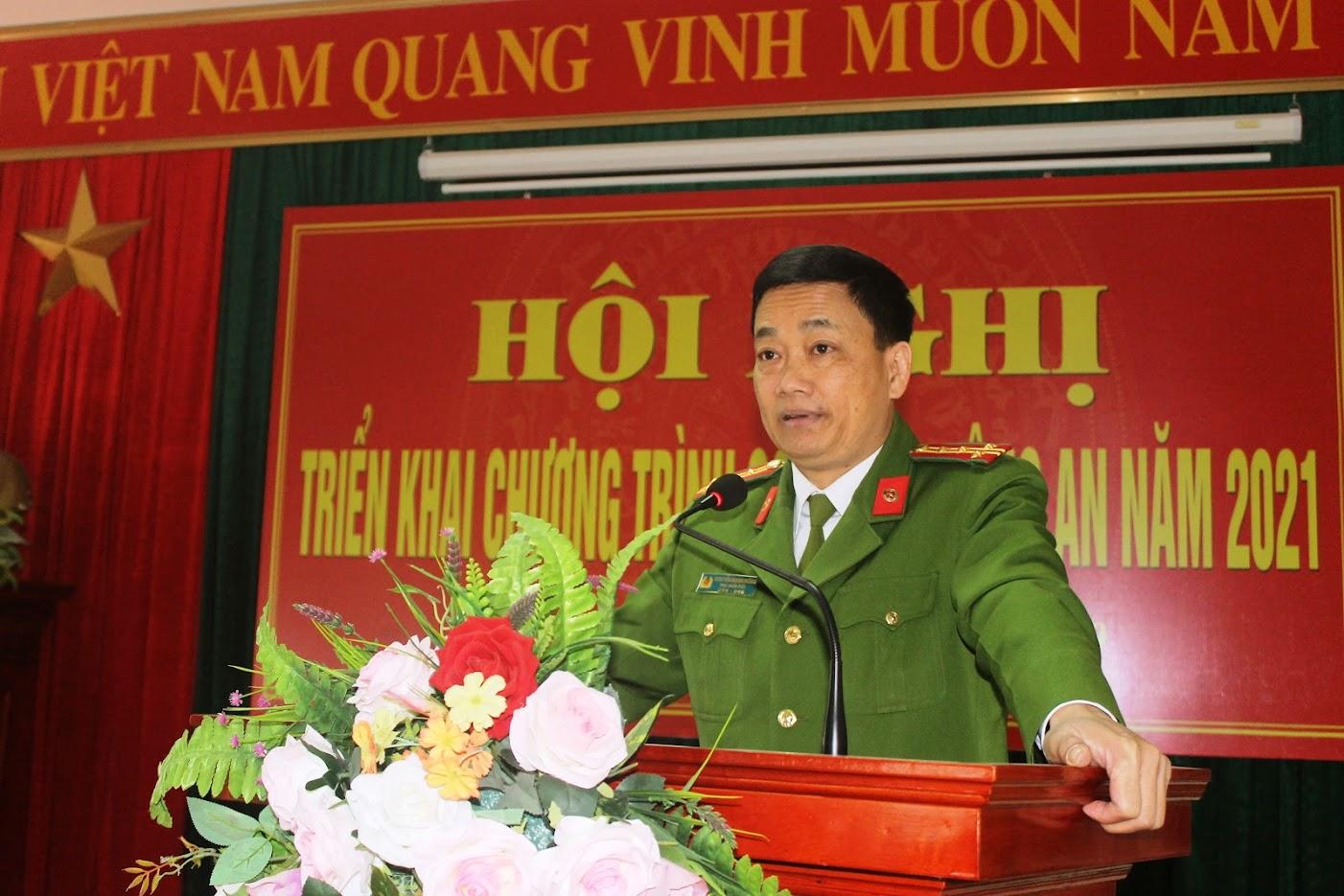 Đại tá Nguyễn Mạnh Hùng, Phó Giám đốc Công an tỉnh ghi nhận, đánh giá cao kết quả CATX đạt được trong năm qua.