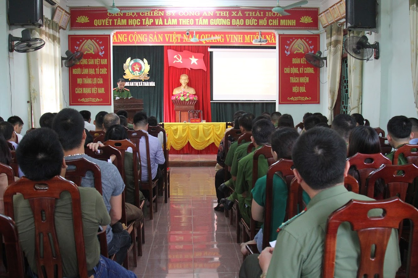 Tại hội nghị