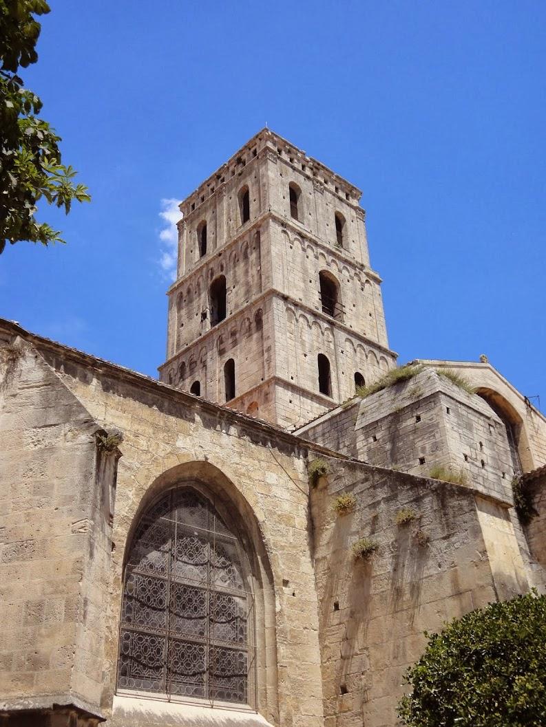 Eglise Saint-Trophyme à Arles