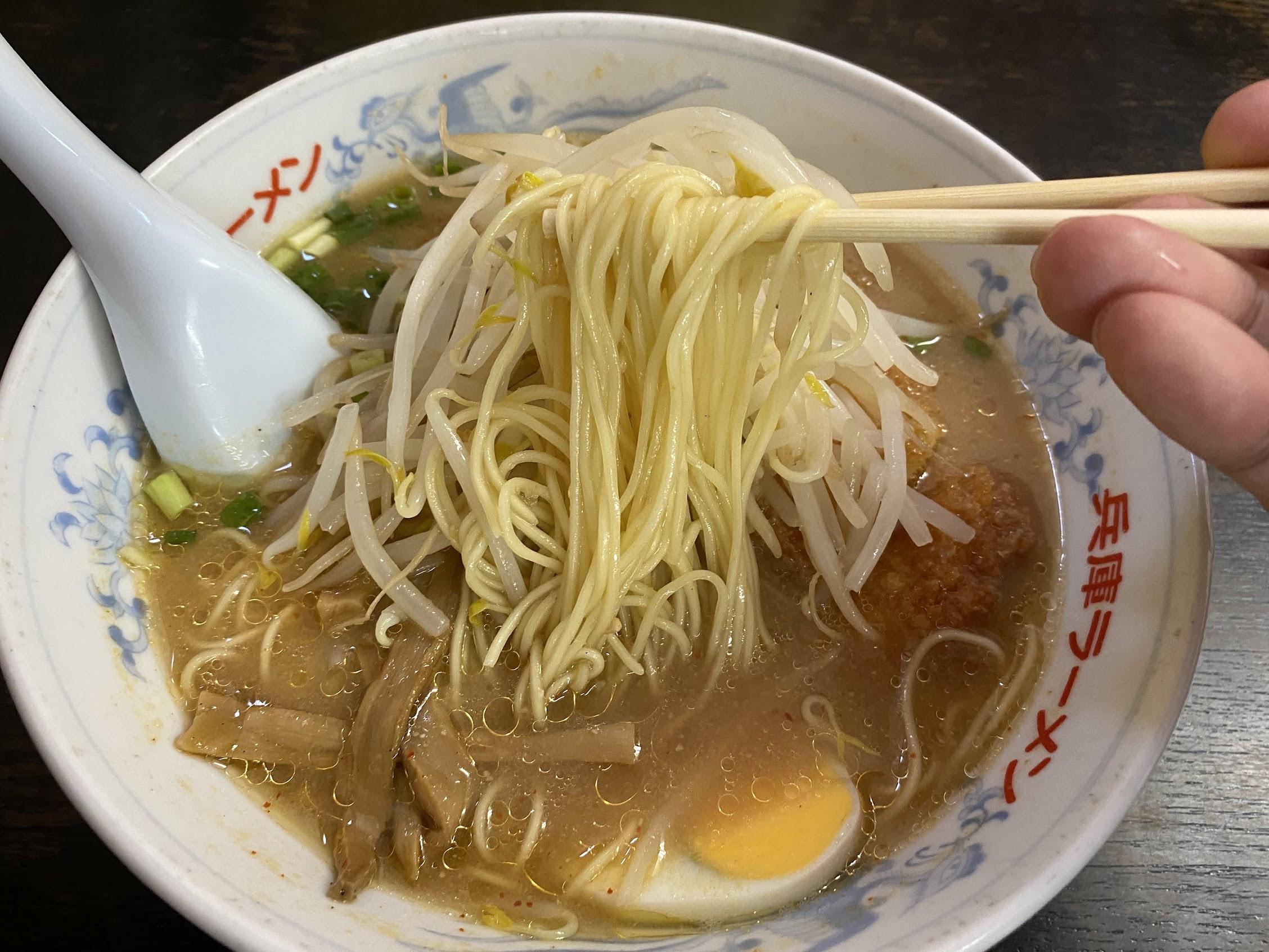兵庫ラーメン高須店味噌カツラーメンストレート麺
