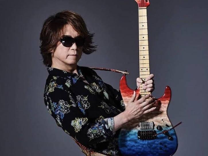 日本元老級樂團 DEAD END 吉他手 YOU(足立祐二) 因敗血症逝世