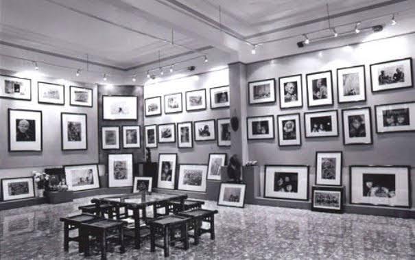 Do Dien Khanh Gallery