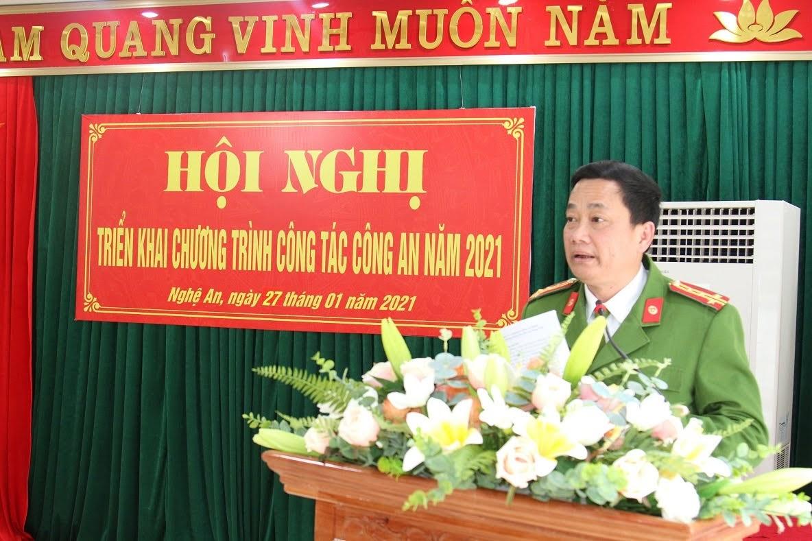 Đồng chí Đại tá Nguyễn Mạnh Hùng, Phó Giám đốc Công an tỉnh phát biểu chỉ đạo tại Hội nghị