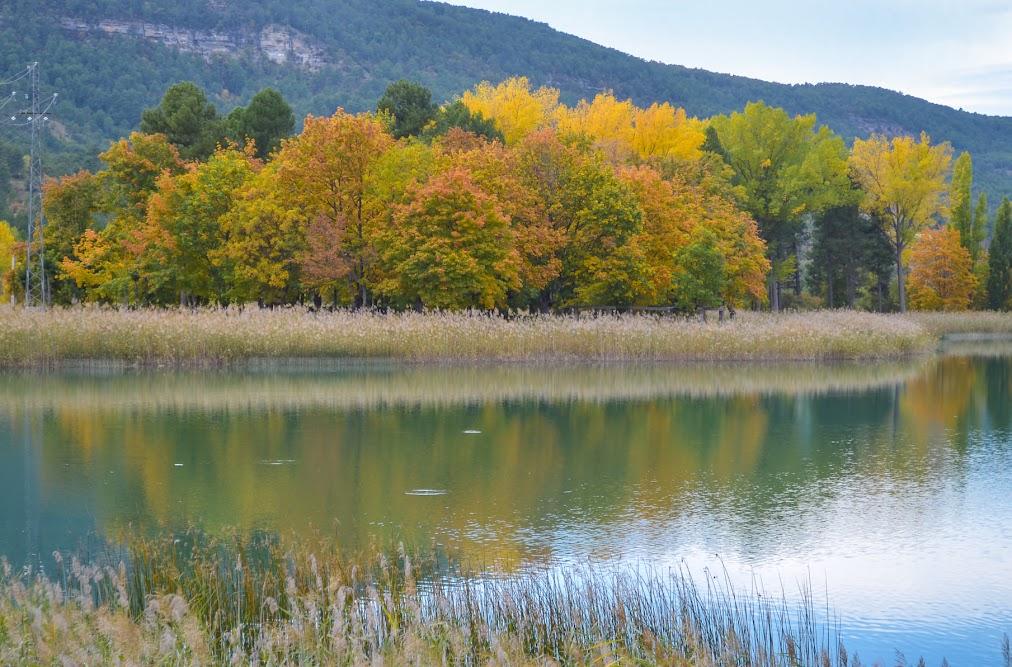 Laguna de Uña, otoño