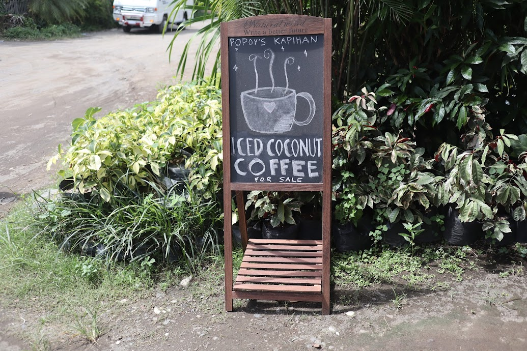popoys-kapihan-sign-board
