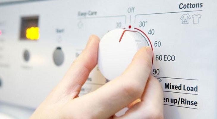 Cách tiết kiệm điện cho máy giặt: giặt đồ bằng nước lạnh