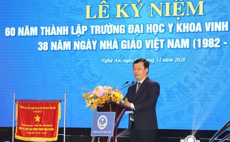 Đồng chí Nguyễn Đức Trung, Chủ tịch UBND tỉnh phát biểu