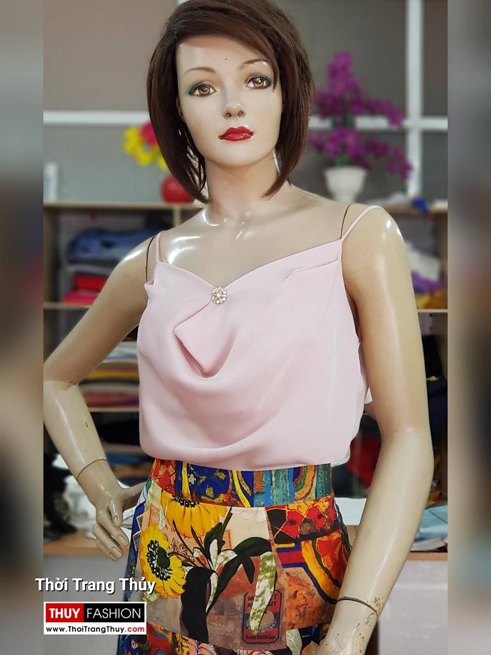 Áo hai dây và chân váy xòe vạt lệch dạo phố V714 thời trang thủy sài gòn