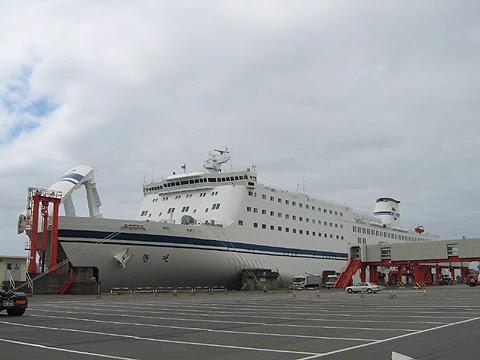 太平洋フェリー「きそ」 苫小牧西港にて