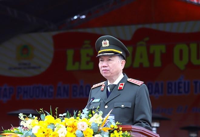 Bộ trưởng Tô Lâm phát lệnh xuất quân và diễn tập phương án bảo vệ đại hội.