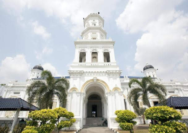 Sultan Abu Bakar State Mosque