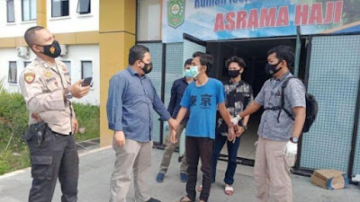 2 Pria Tidur di Kamar Pasien Covid-19 Digerebek Polisi, Ternyata Maling