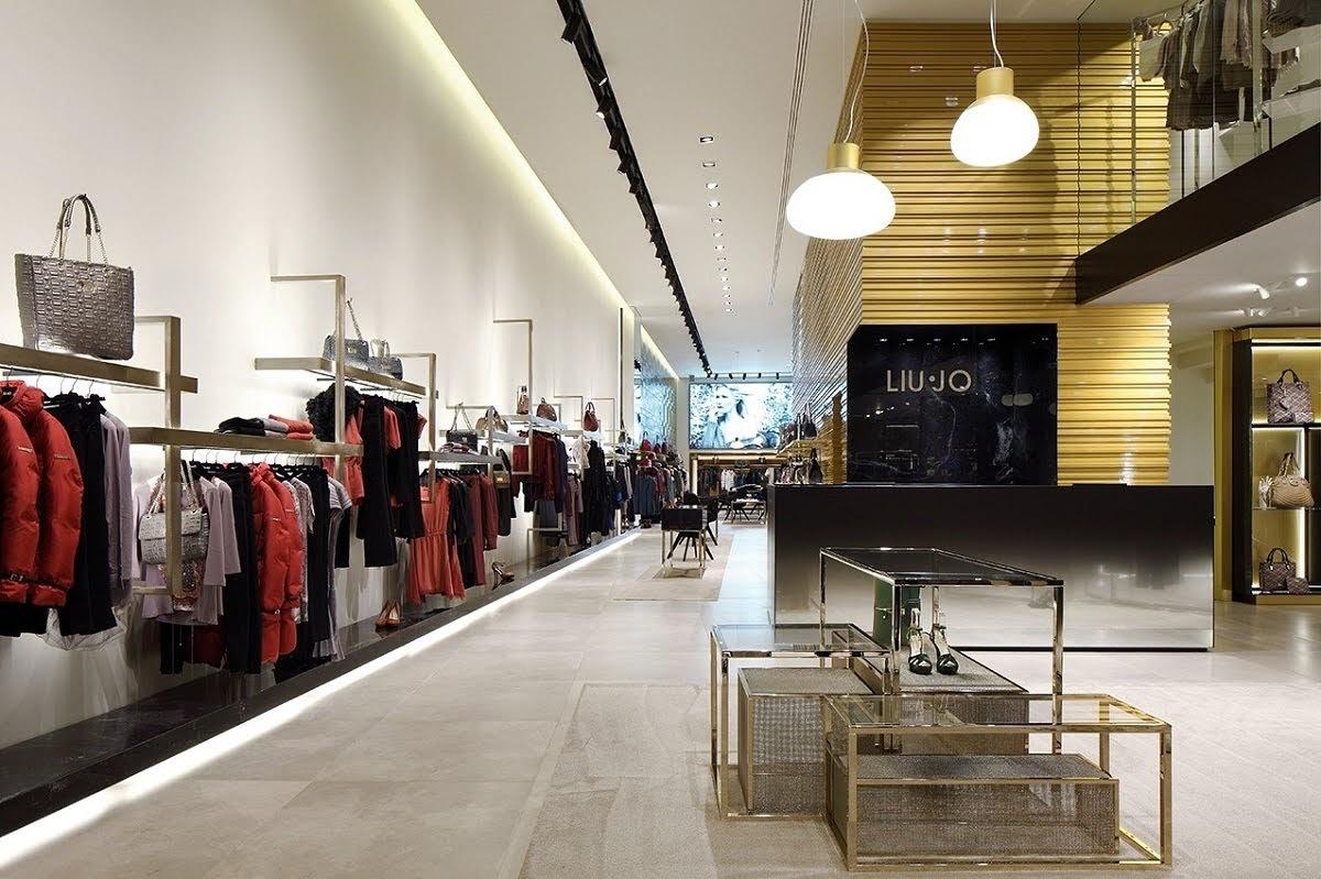 thiết kế shop thời trang san trọng