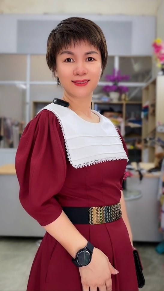 Review 5 ưu điểm váy xòe midi cổ yếm tay bồng thời trang thủy sài gòn