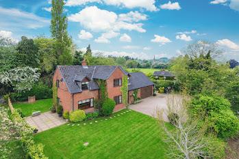 Llandyssil home for sale