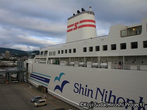新日本海フェリー あざれあ 小樽港にて