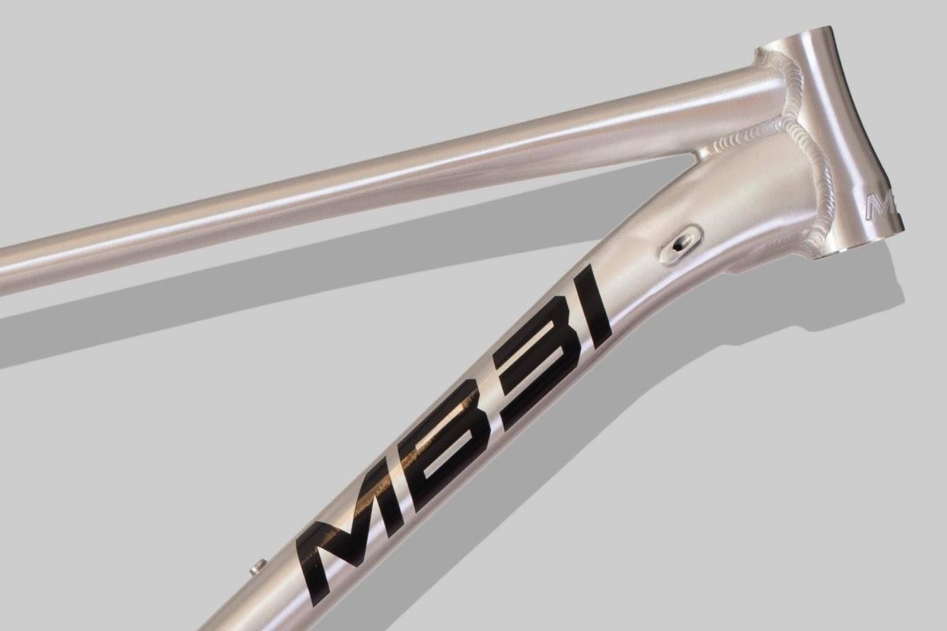 MB31 Dropper är en mountainbike med aluminiumram.