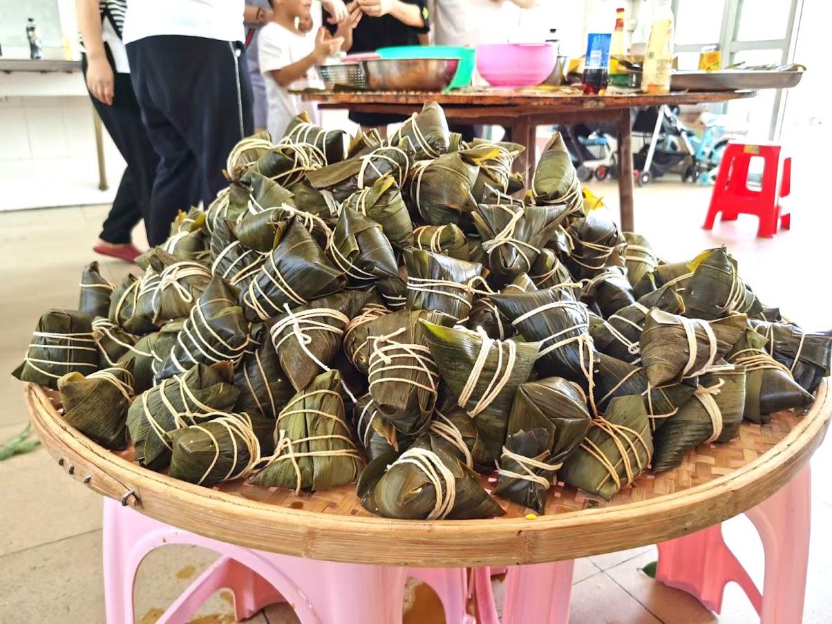 Wewon's Dragon Boat Festival, Making Rice Dumplings