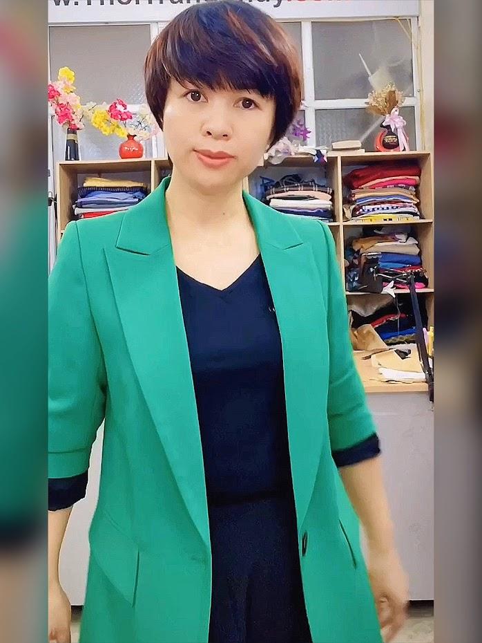Áo vest nữ dáng dài suông màu xanh lá cây Thời Trang Thủy hà nội