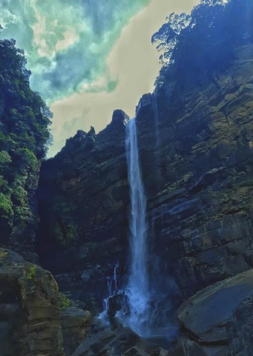 Laxapana Falls
