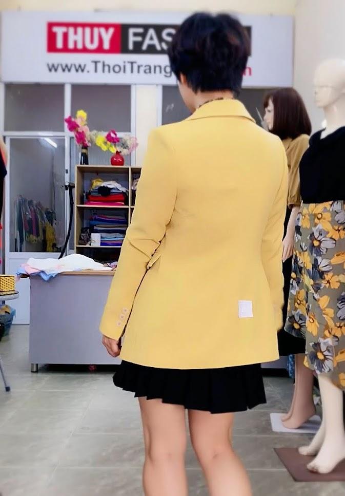 Áo vest nữ mix đồ áo sơ mi và chân váy xòe V730 thời trang thủy hai phong 2