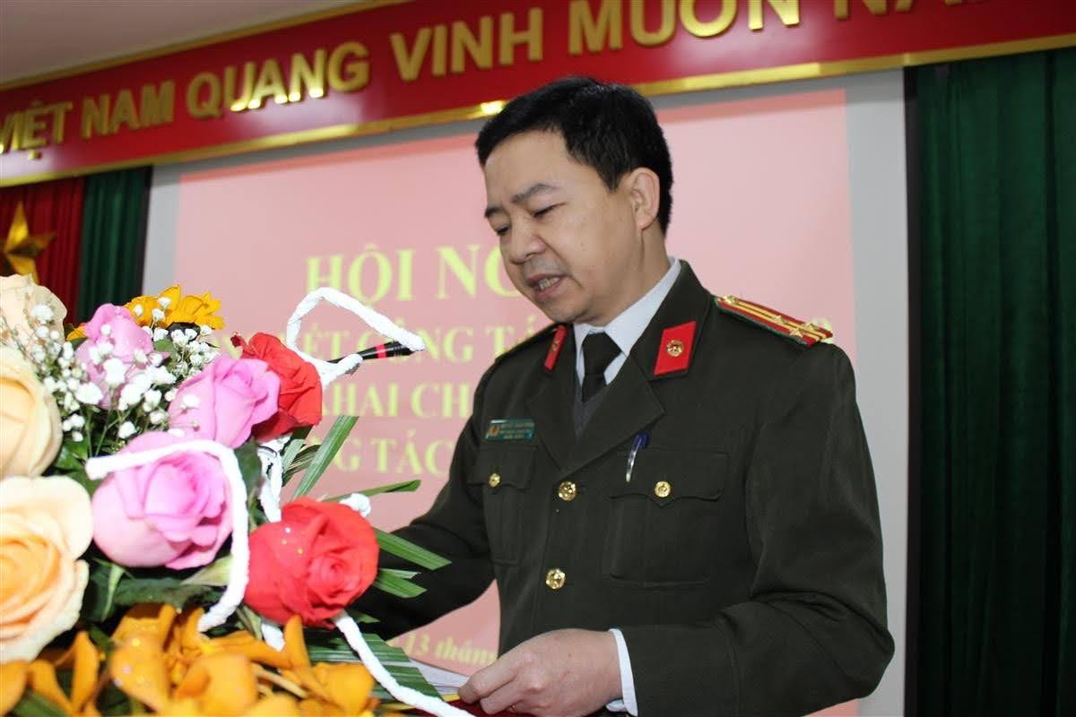 Thượng tá Nguyễn Thành Hoan, Phó Chánh Thanh tra báo cáo tóm tắt kết quả Thanh tra Công an tỉnh năm 2020
