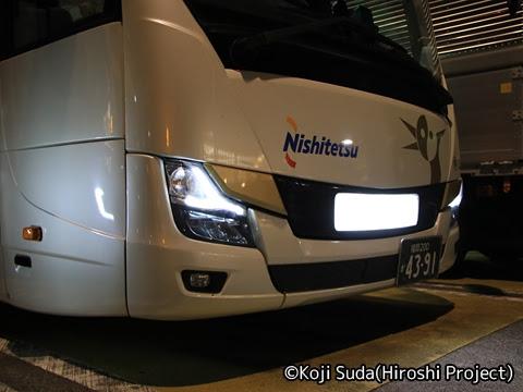 西鉄「はかた号」 0002 静岡SAにて_02