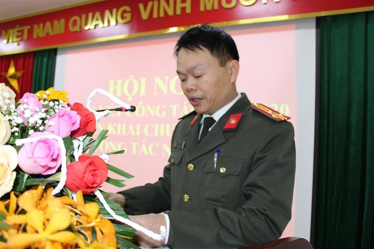 Thượng tá Chu Đăng Phan, Phó Bí thư Chi bộ, Phó Chánh Thanh tra Công an tỉnh nhấn mạnh mục tiêu, nhiệm vụ và giải pháp trong năm 2021