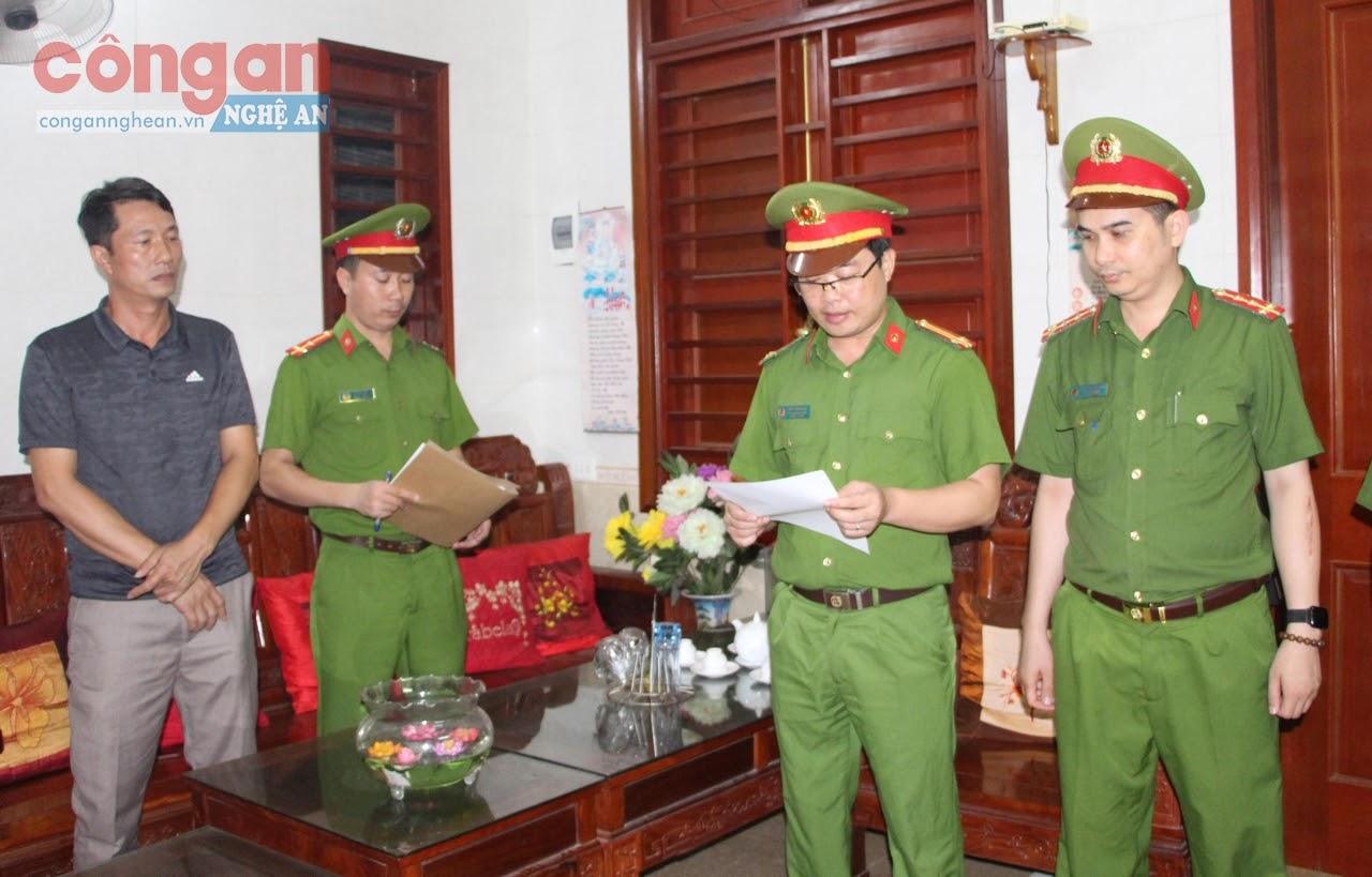 Công an Nghệ An thực hiện khám xét, bắt giữ cán bộ Ban Dân tộc tỉnh Nghệ An để điều tra sai phạm liên quan đến Đề án Ơ Đu