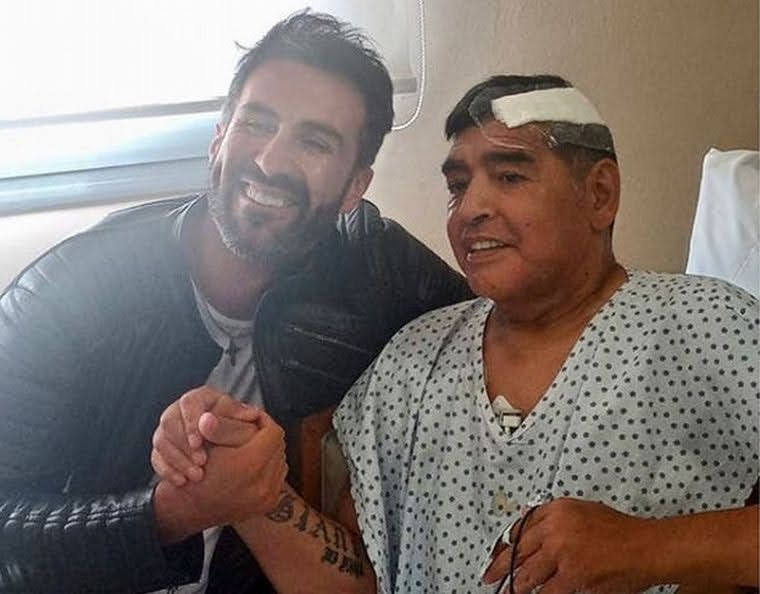 Maradona recibió el alta: sigue su recuperación en una casa