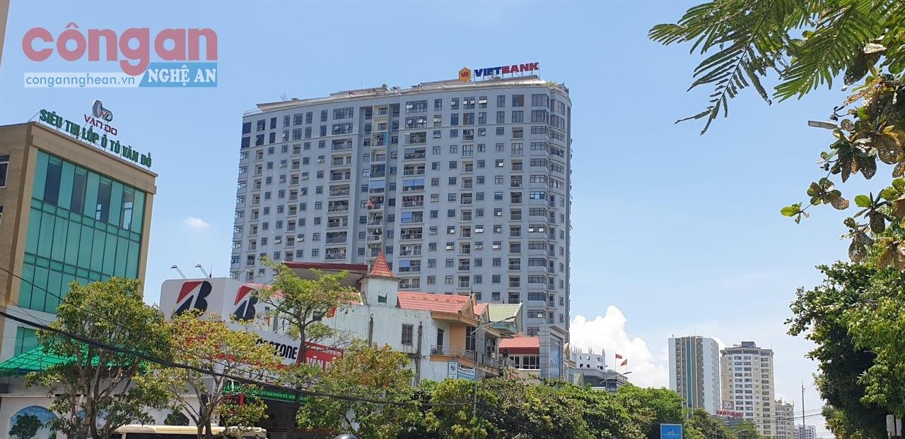 Trung tâm thương mại và Chung cư cao cấp Trung Đức Tower, một trong 7 công trình  xây vượt tầng nhưng được phép tồn tại trên địa bàn TP Vinh