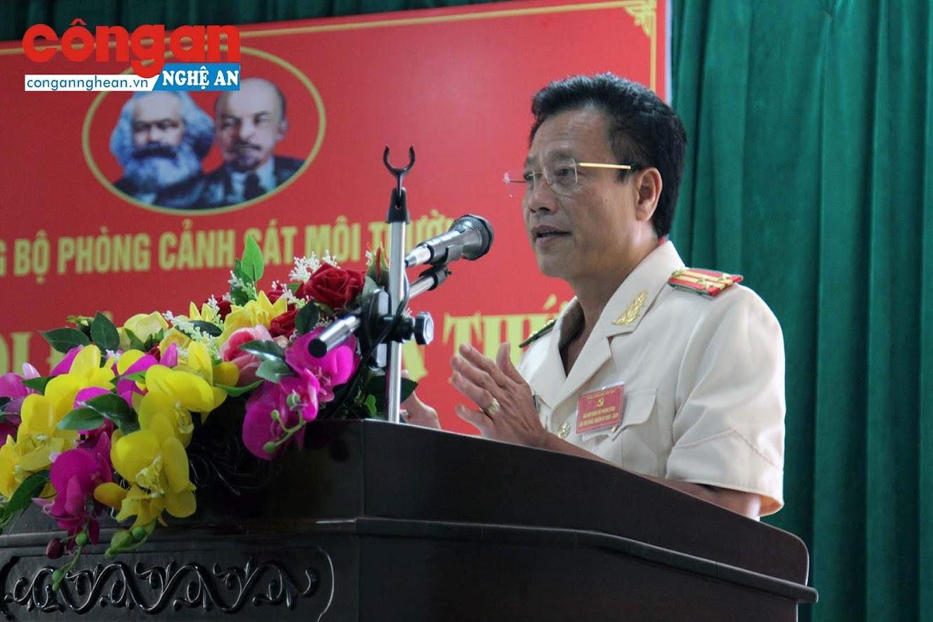 Thượng tá Trần Phúc Thịnh, Bí thư Đảng ủy, Trưởng phòng CSMT phát biểu ý kiến