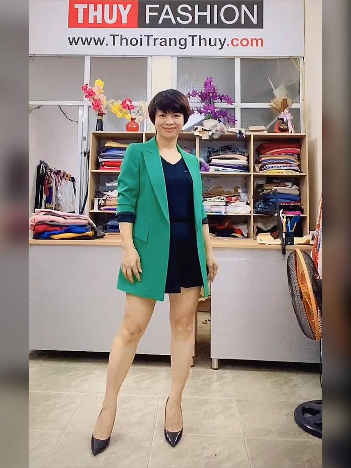 Áo vest nữ dáng dài suông màu xanh lá cây Thời Trang Thủy thái bình