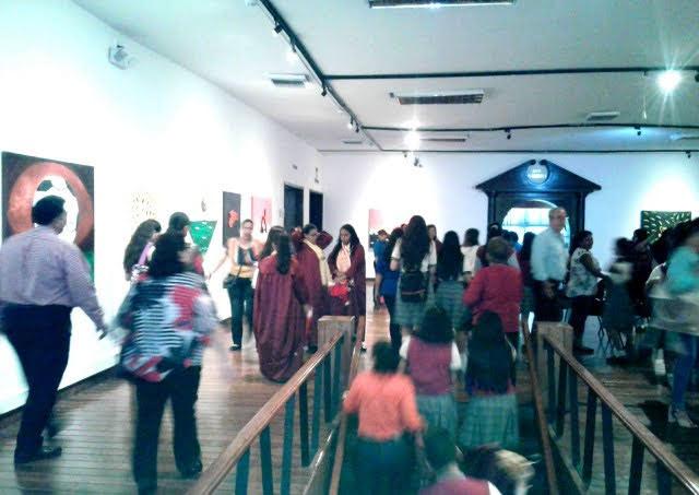 Museo Municipal de Guayaquil Estructuras Tactiles Ocultas en Braille