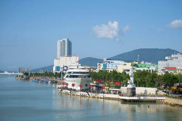 Waterfront, Da Nang