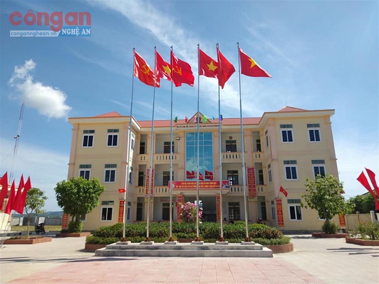 Trụ sở làm việc của Đảng ủy - HĐND - UBND - UBMT Tổ quốc Việt Nam xã Nghi Công Bắc được xây dựng khang trang,            tươi mới