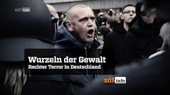 In der Menge – zornig gröhlender Demonstrant. «Wurzeln der Gewalt. Rechter Terror in Deutschland. zdf-info».