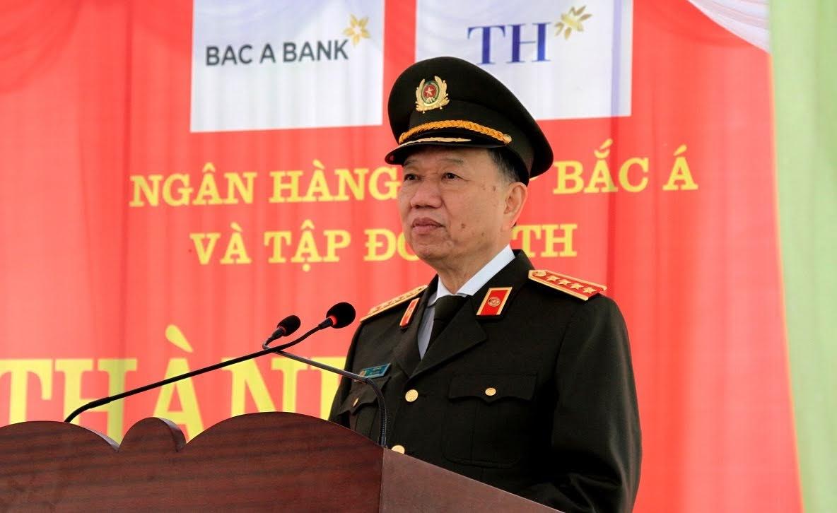 Bộ trưởng Tô Lâm phát biểu chỉ đạo tại lễ khánh thành Trụ sở Công an xã Thanh Thủy.