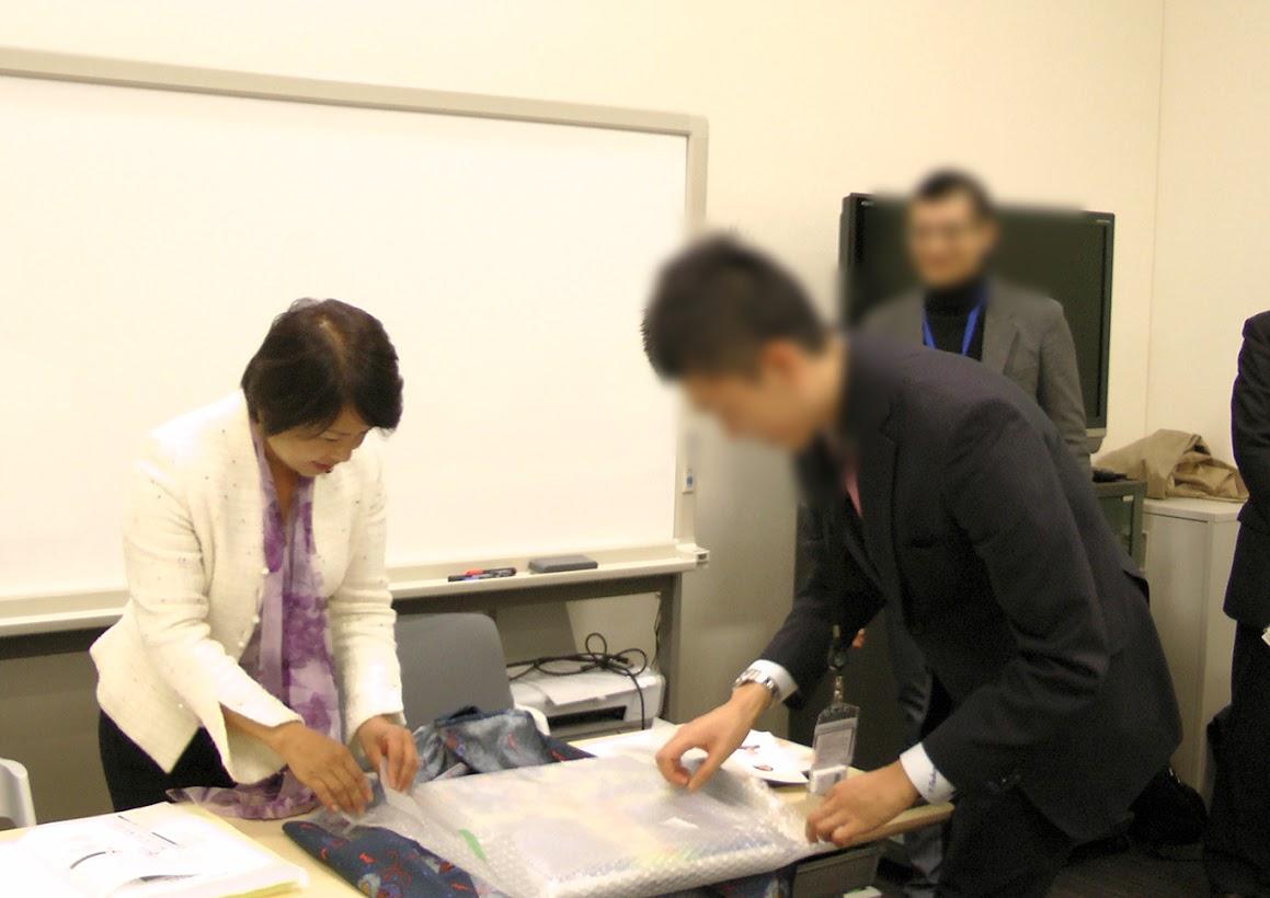 20101201参議院議員会館@姫井由美子議員