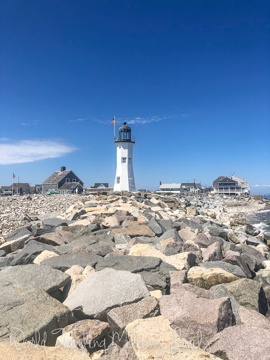 Scituate Lighthouse breakers