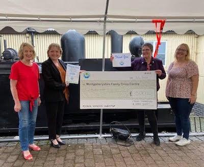 Online music event raises £1,000