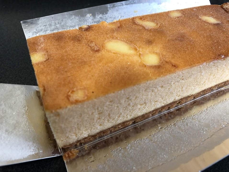 ゴロゴロチーズの満足ベイクドケーキ外観