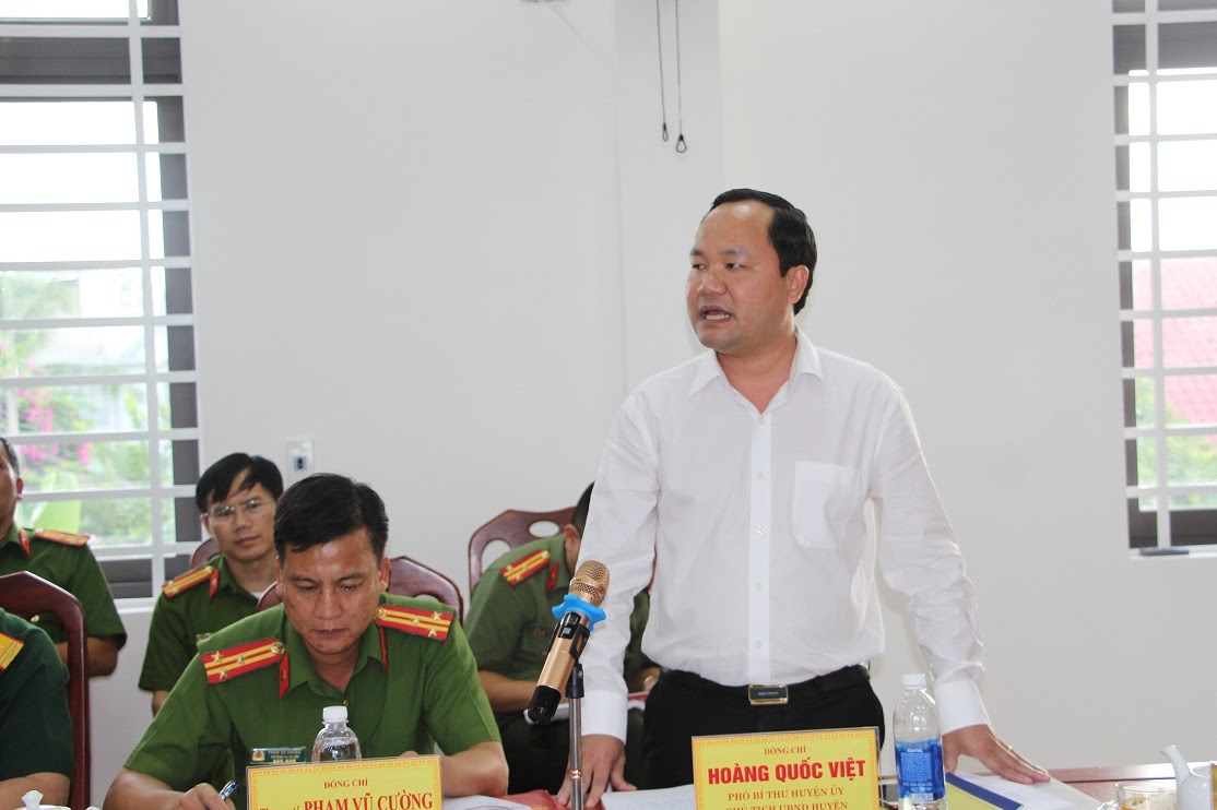 Lãnh đạo Huyện ủy, UBND huyện Tân Kỳ đánh giá cao những kết quả mà Công an huyện đạt được trong 9 tháng đâu năm