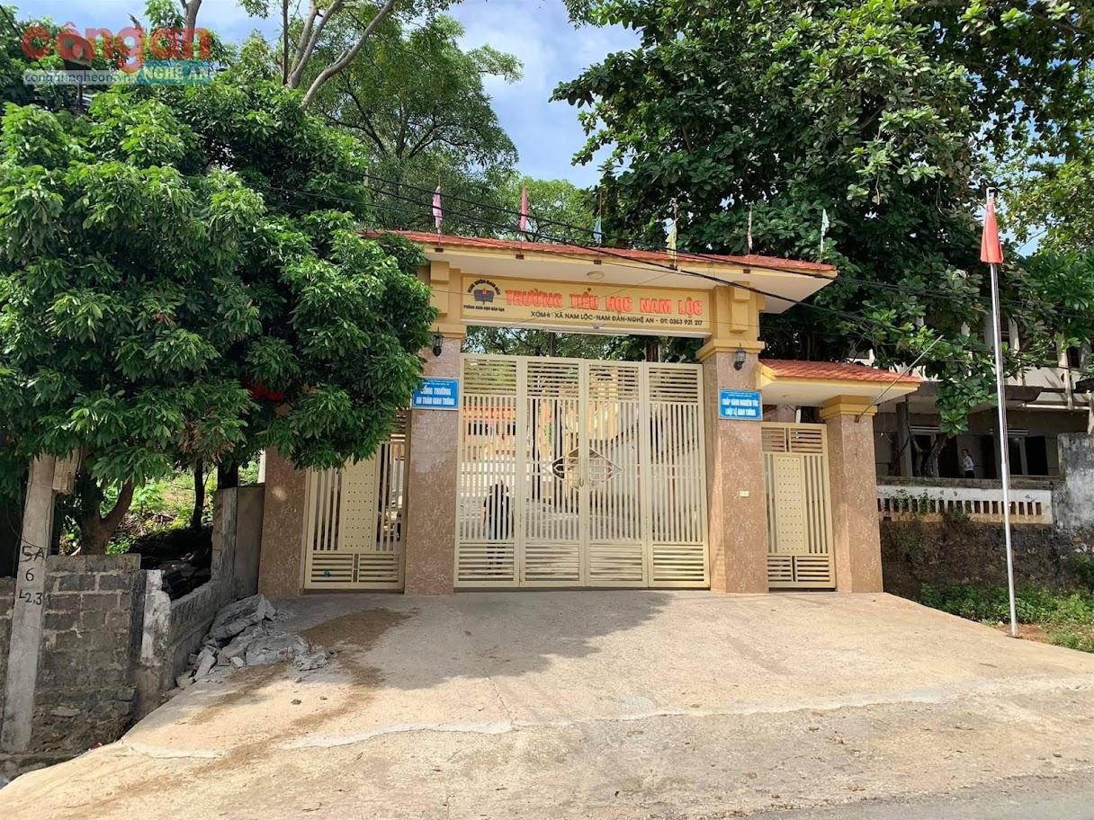 Trường Tiểu học Nam Lộc, huyện Nam Đàn - nơi xảy ra                         sự việc đau lòng