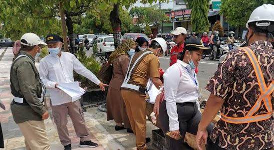 Proyek Penataan PKL jalan Yos Sudarso Ngawi