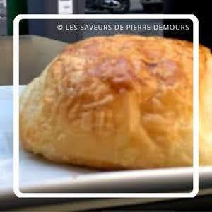 パリのパンオショコラ Maison Julien Les Saveurs de Pierre Demours メゾン・ジュリアン・レ・サヴール・デュ・ピエール・デュモー