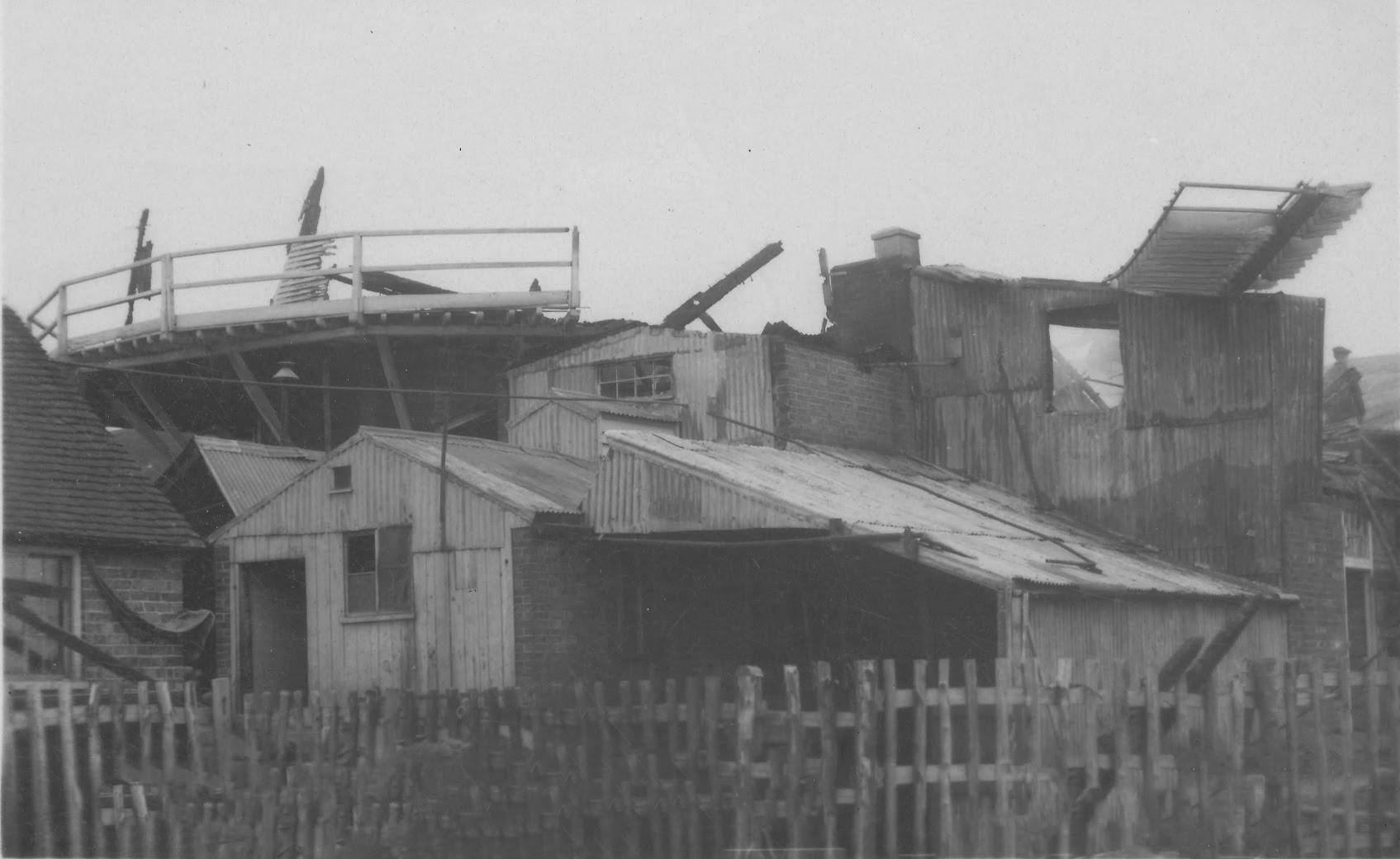 The fire at Leigh Green Mills, Tenterden, 26 November 1913