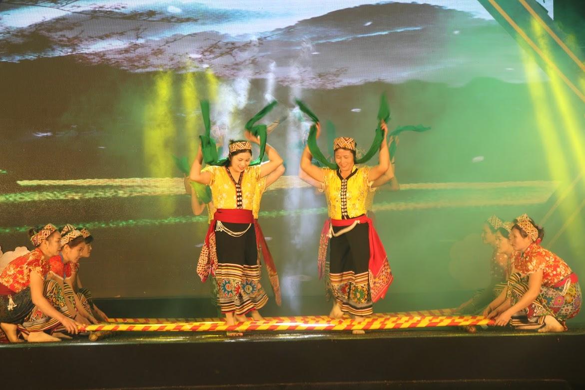 Điệu múa sạp truyền thống