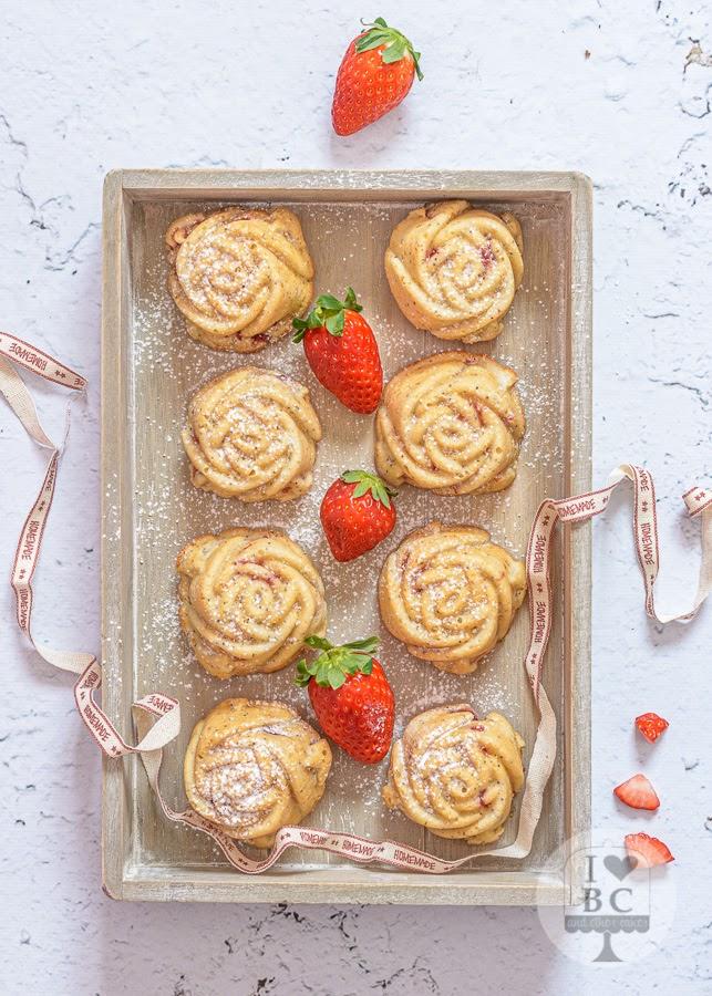 Mini Bundt Cakes de fresas