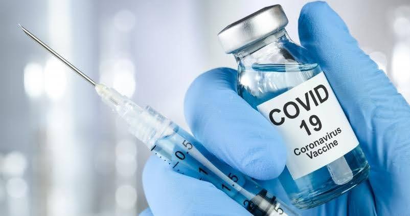 Kunnen werkgevers een werknemer weigeren als die niet gevaccineerd is ?